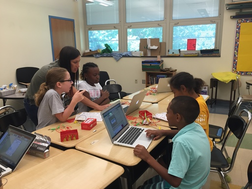 Elementary Students Create and Collaborate During Elementary Summer STEM Program