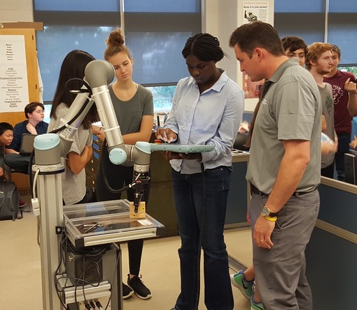 Dawgma Robotics gets hands-on with collaborative robots at LMHS