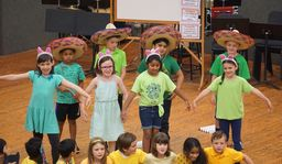 Merion students take center stage in Spanish Play