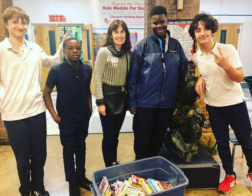 BCMS buildOn Donates Books to Philadelphia School