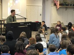American Idol contestant returns to BCMS