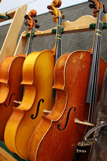 Cellos in the music moom